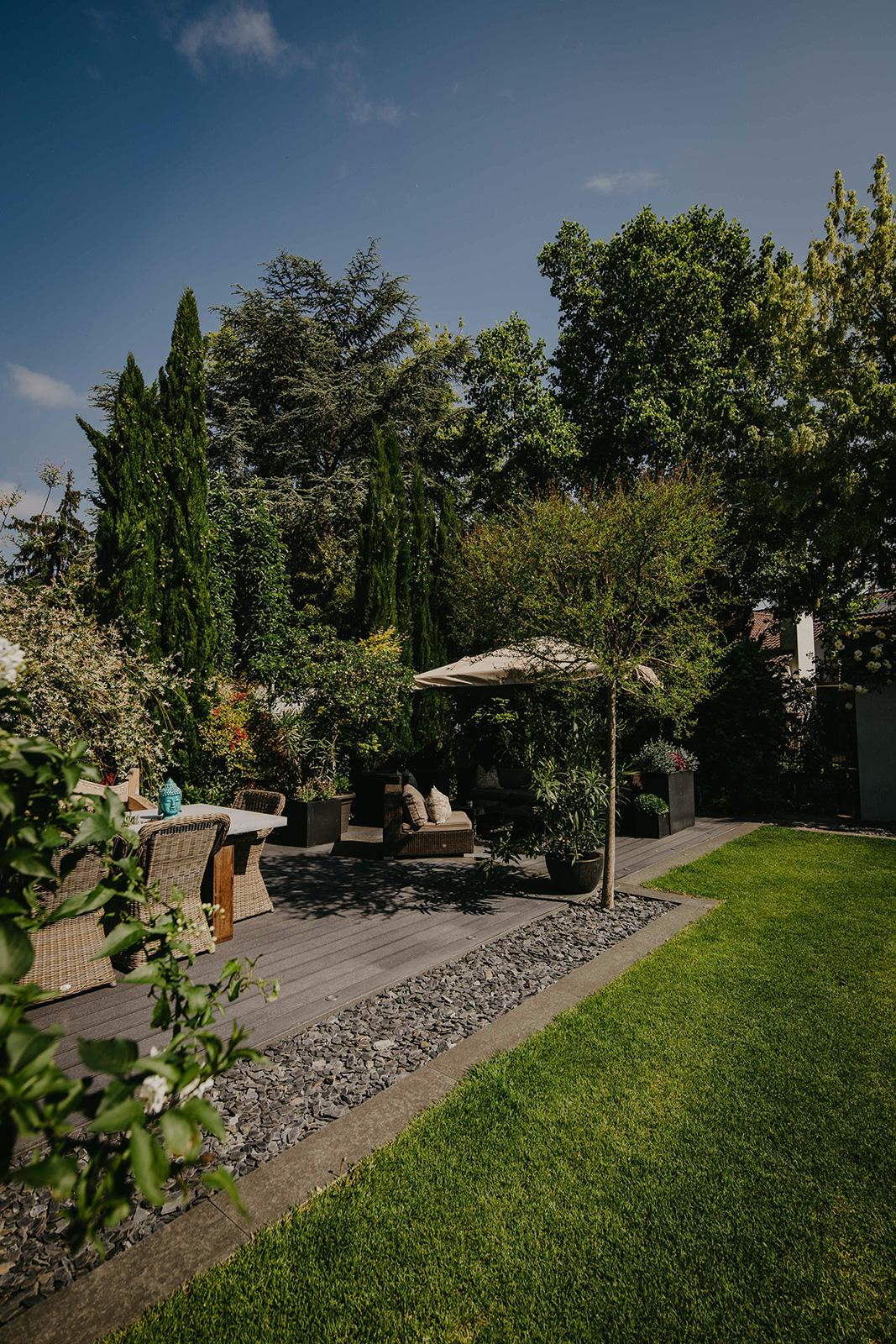 Gartenneugestaltung mit Pool